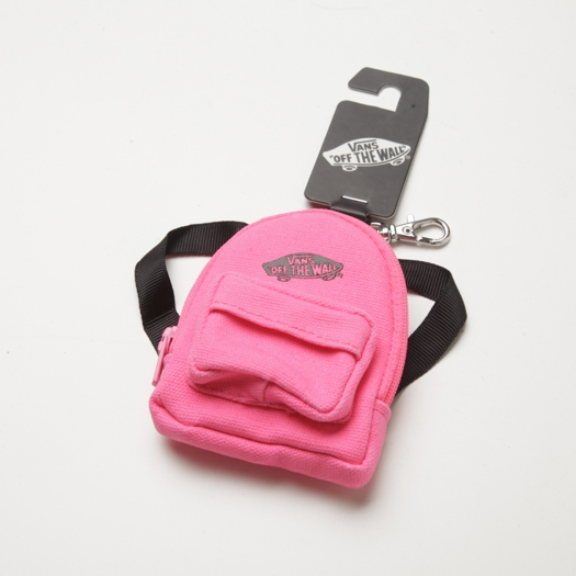 vans-accessory-keychains0a02.jpg